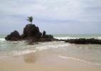 Brasil tem 8 praias oficiais de nudismo; saiba onde ficam - Gabriela Agustini/UOL