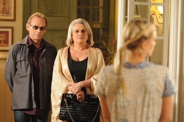 José Wilker e Vera Holtz em cena da novela