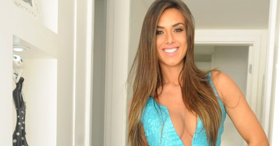 13.ago.2013 - Nicole mudou o estilo e agora escolhe vestidos mais larguinhos