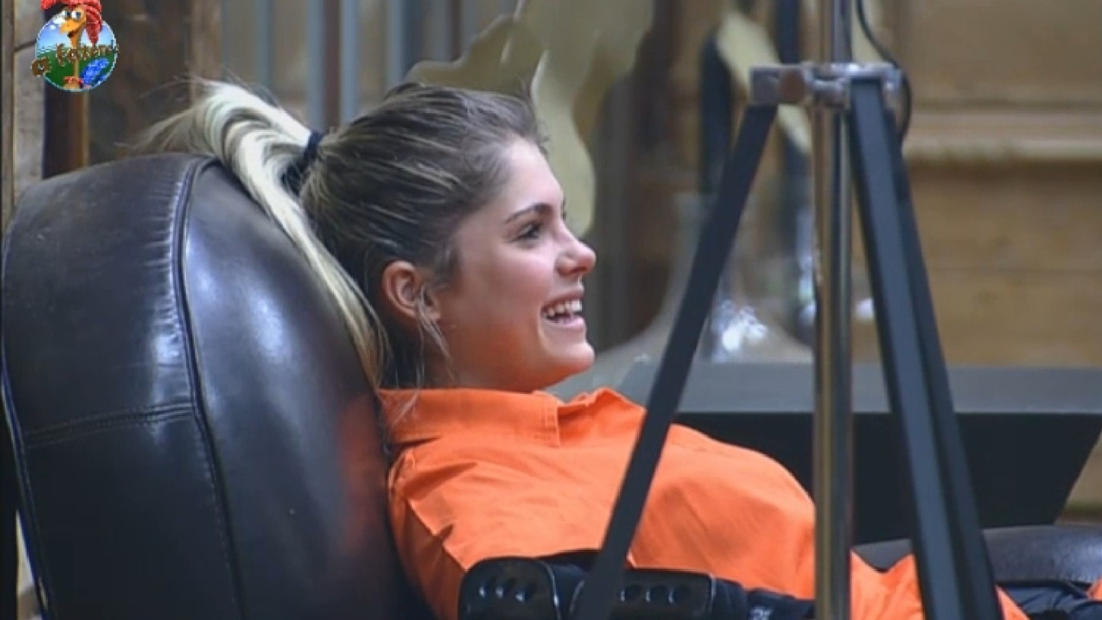 14.ago.2013 - Bárbara Evans espera para disputar a prova da chave