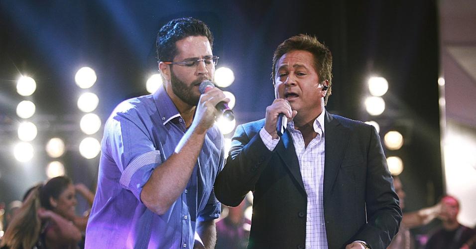 14.ago.2013 - O cantor e apresentador Pedro Leonardo grava edição do programa Festival Sertanejo com seu pai, o também cantor Leonardo. O programa vai ao ar no próximo sábado (17), às 22h15, no SBT.