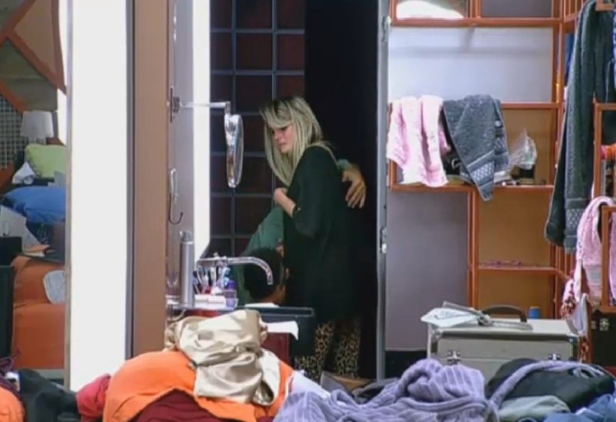 15.ago.2013 - Bárbara diz que quer sair do programa