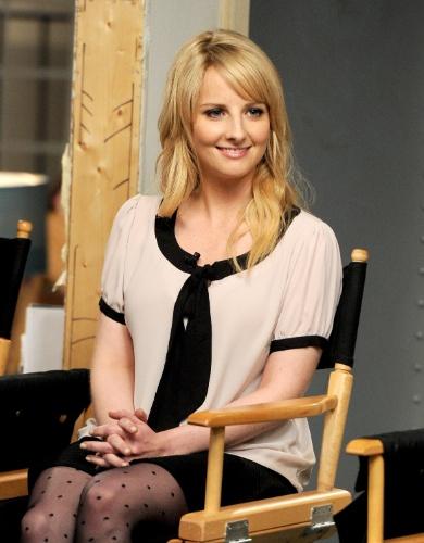 """15.ago.2013 - A atriz Melissa Rauch (Bernadette) fala sobre a série """"The Big Bang Theory"""", que estreia sua sétima temporada em 26 de setembro"""