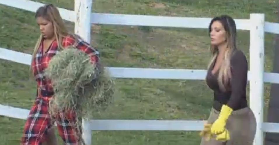 22.ago.2013 - Andressa conta para Yani que pediu desculpas pelas ofensas disparadas contra peões