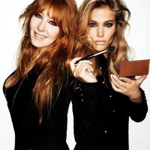 Charlotte Tilbury (à esquerda): coleção com 100 produtos cosméticos