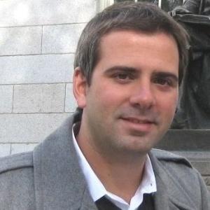O repórter e correspondente internacional da Globo Rodrigo Alvarez