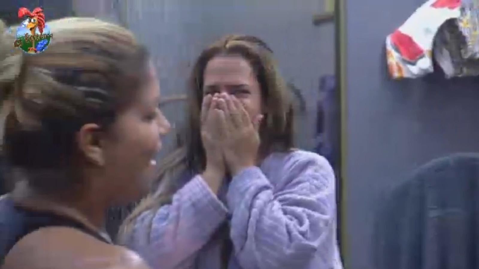 30.ago.2013 - Denise se mostra surpresa ao saber que equipe Avestruz ganhará banquete de temakis