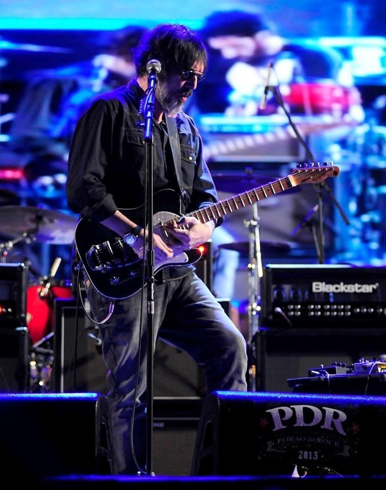 31.ago.2013 -- Lobão fez show no Porão do Rock, em Brasília, e apresentou sua nova música