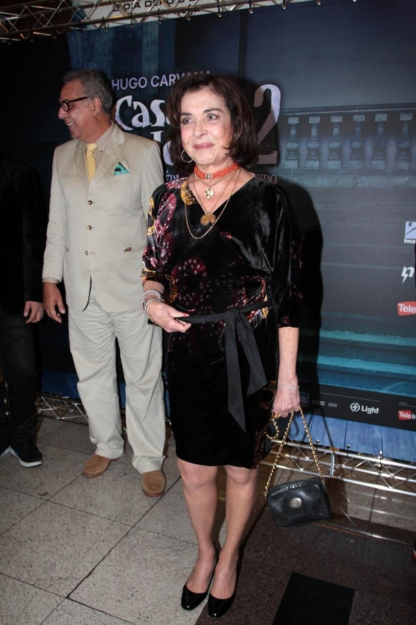 """2.set.2013 - Betty Faria chega a pré-estreia do filme  """"Casa da Mãe Joana 2"""". No longa, ela interpreta a Dona Aracy"""