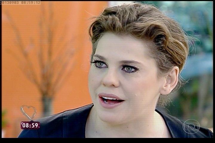 Atriz Bárbara Paz afirma que César é o grande vilão de