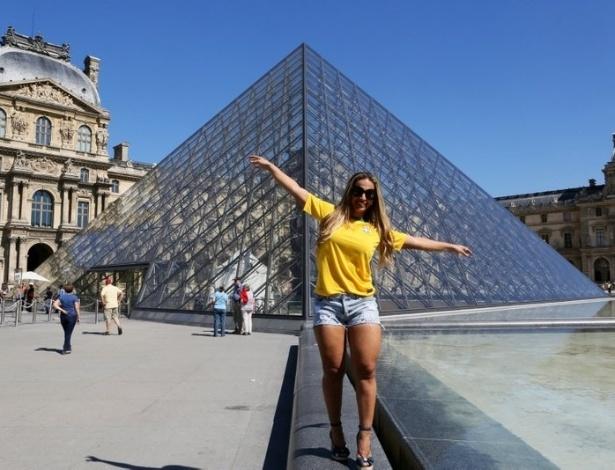 4.set.2013 - Depois de Londres, Valesca Popozuda aterrissou em Paris com a turnê
