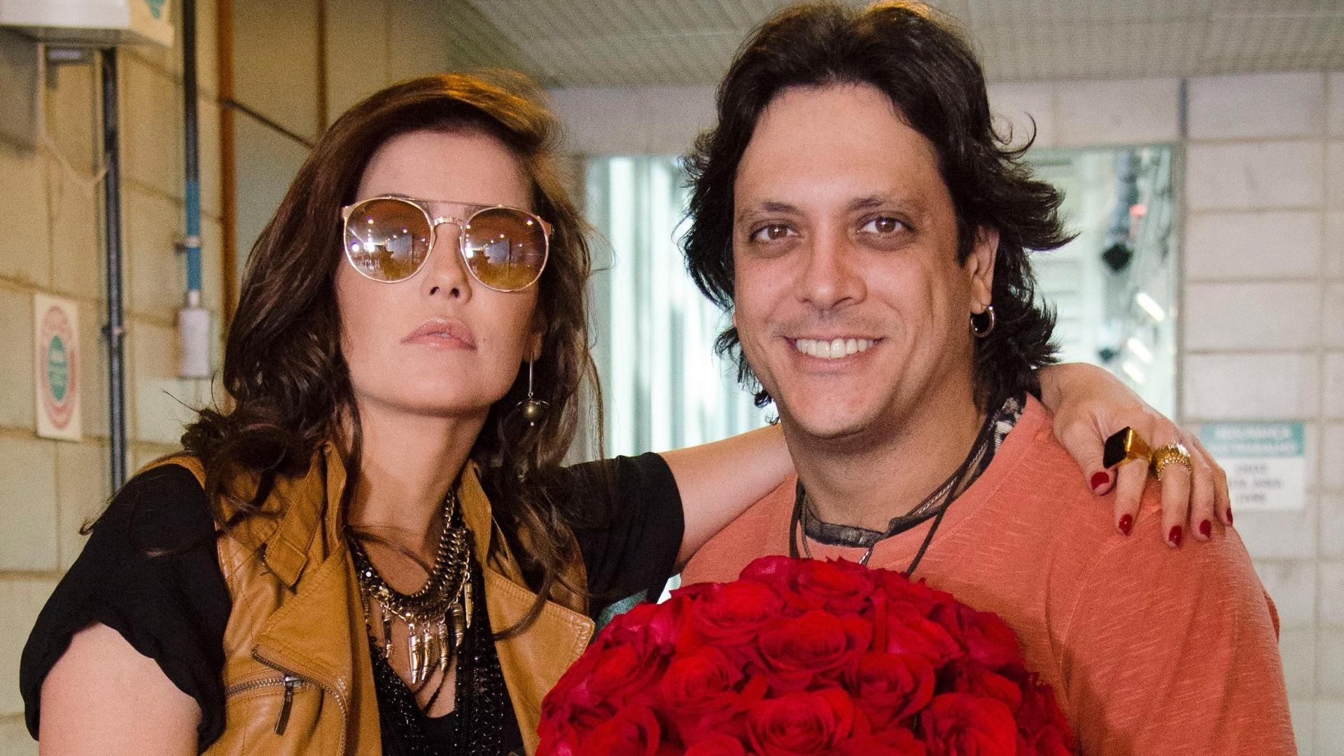 Deborah Secco e Lúcio Mauro Filho nos bastidores de gravação do episodio de