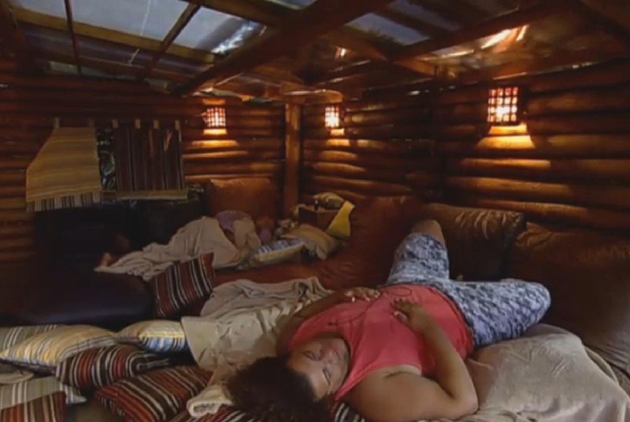06.set.2013 - Mulher Filé dorme e deixa Gominho falando sozinho