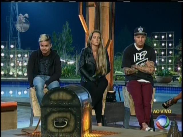 07.set.2013 - Yudi, Denise e Mateus foram indicados à roça