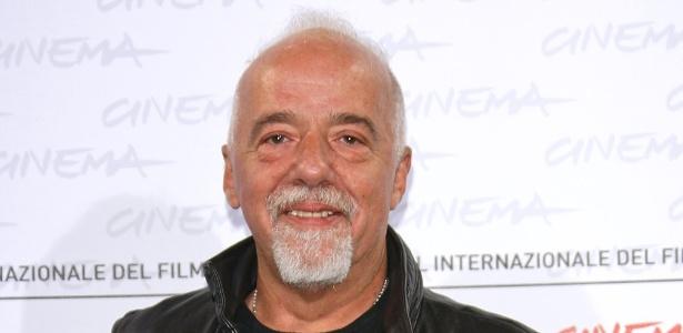 Paulo Coelho atacou a organização do Brasil para a Copa