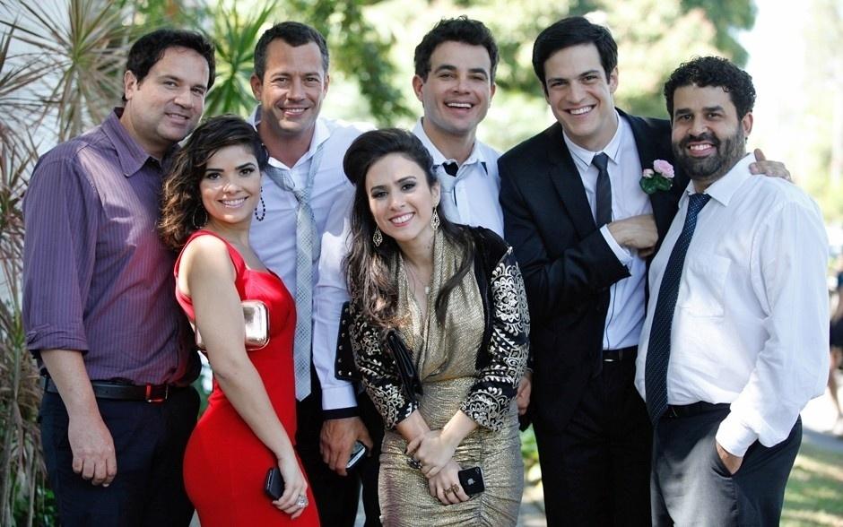 "11.set.2013 - Elenco de ""Amor à Vida"" grava casamento de Paloma (Paolla Oliveira) e Bruno (Malvino Salvador)"