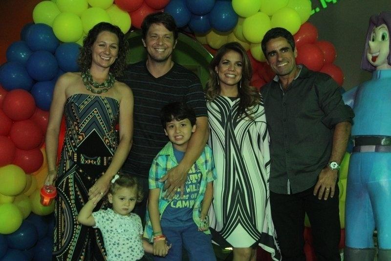 11.set.2013 - Nívea Stelmann celebrou os nove anos do filho Miguel em um salão de festas no Rio