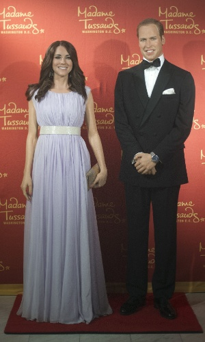 12.set.2013 - Kate Middleton e Príncipe William ganham estátuas de cera no museu Madame Tussauds de Washington, nos Estados Unidos. Os Duques de Cambridge também possuem figuras no museu de Londres, na Inglaterra