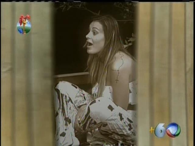13.set.2013 - Programa desta sexta reexibiu momento em que Oliver revelou para Andressa que foi assediado Bárbara