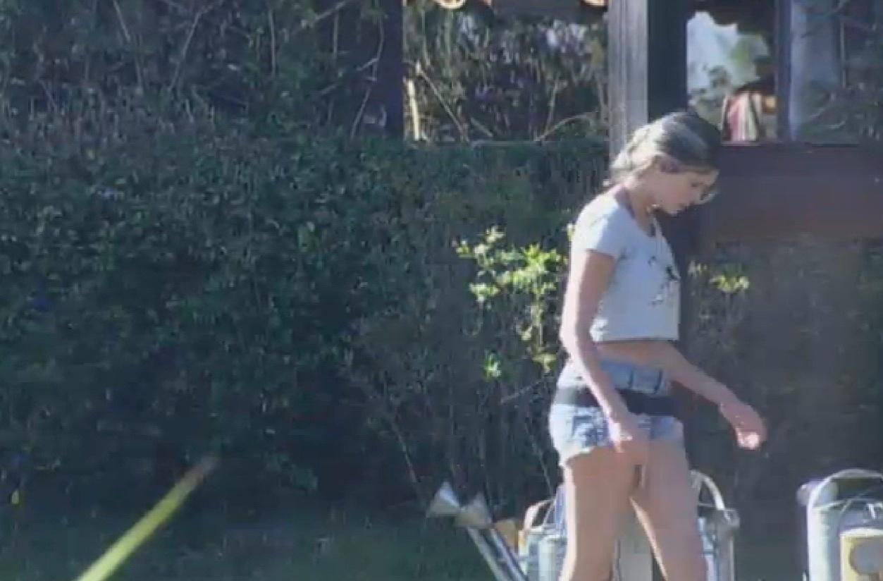 14.set.2013 - Bárbara acordou preocupada com a formação da roça