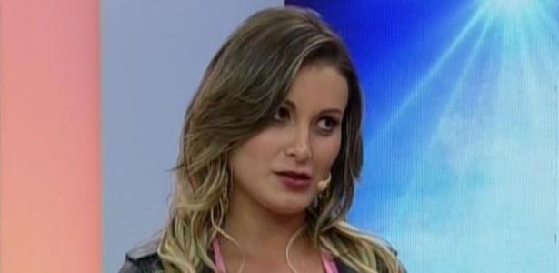 16.set.2013 - Andressa Urach confirma que recebeu convite para participar de reality show em Portugal