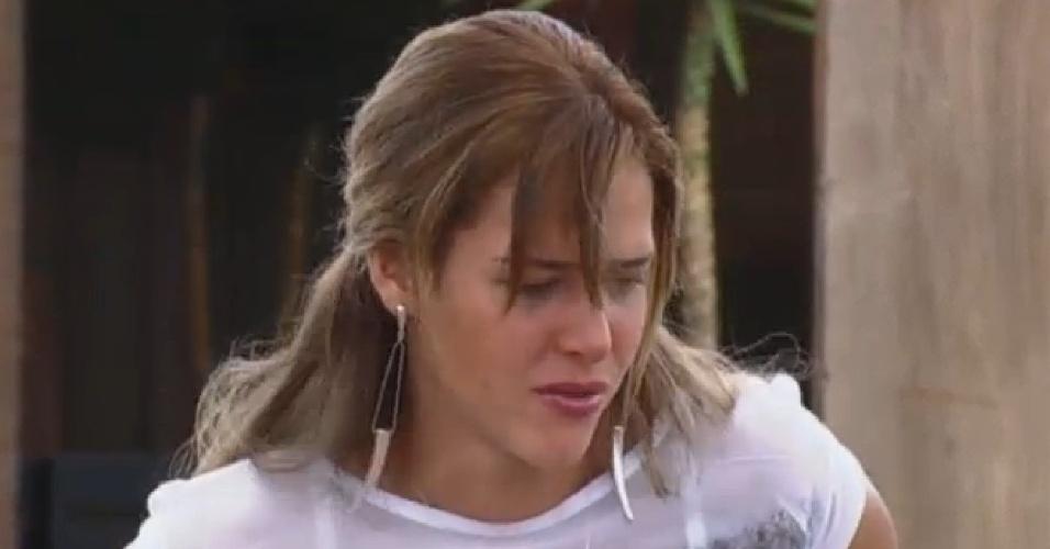 17.set.2013 - Denise Rocha se emociona ao lembrar de Scheila Carvalho, Márcio, Lu Schievano, Aryane e Rita Cadillac