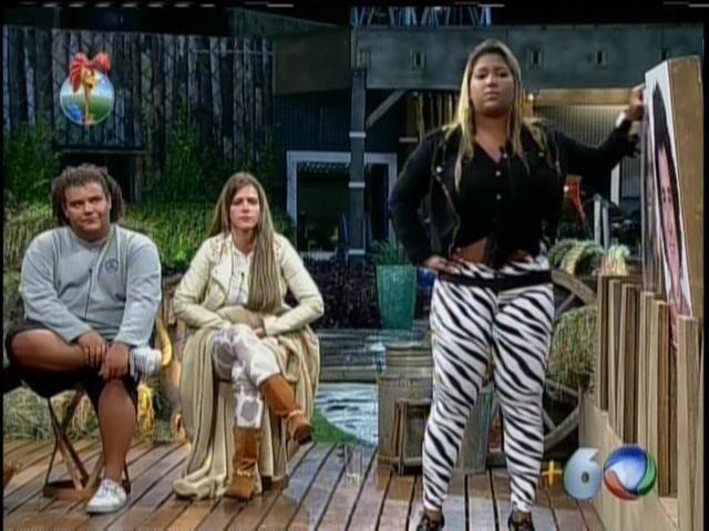 17.set.2013 - Denise Rocha trocou farpas com Yani e também com Oliver