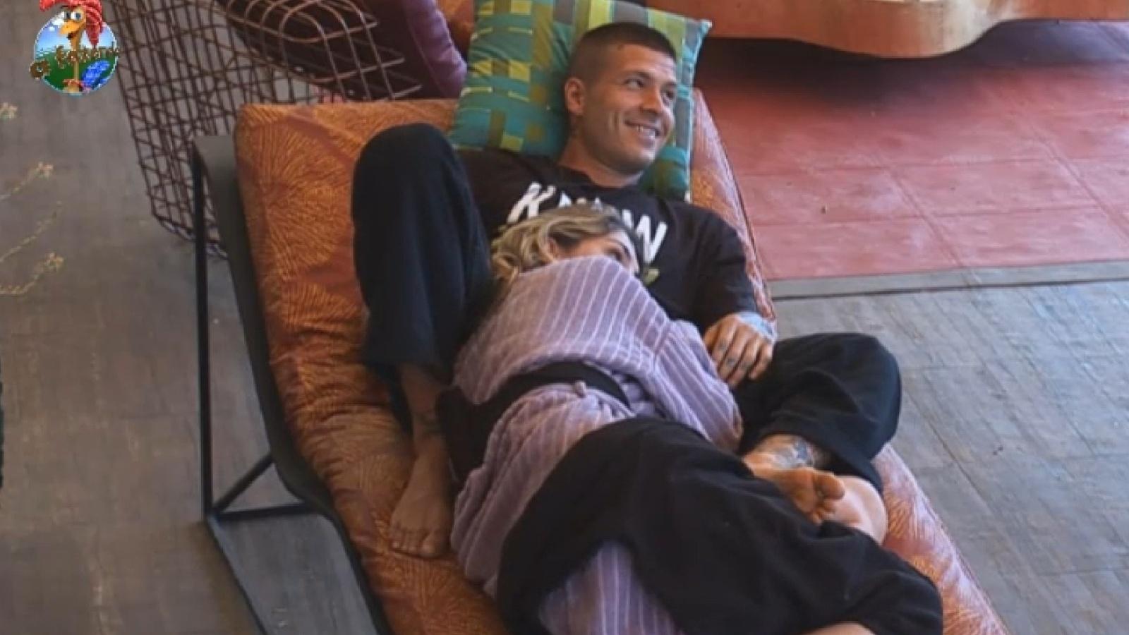 18.set.2013 - Mateus Verdelho diverte peões com charadas sobre cinema