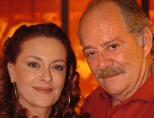 """2005 - Maria Zilda e Cláudio Marzo em cena da novela """"A Lua Me Disse"""""""