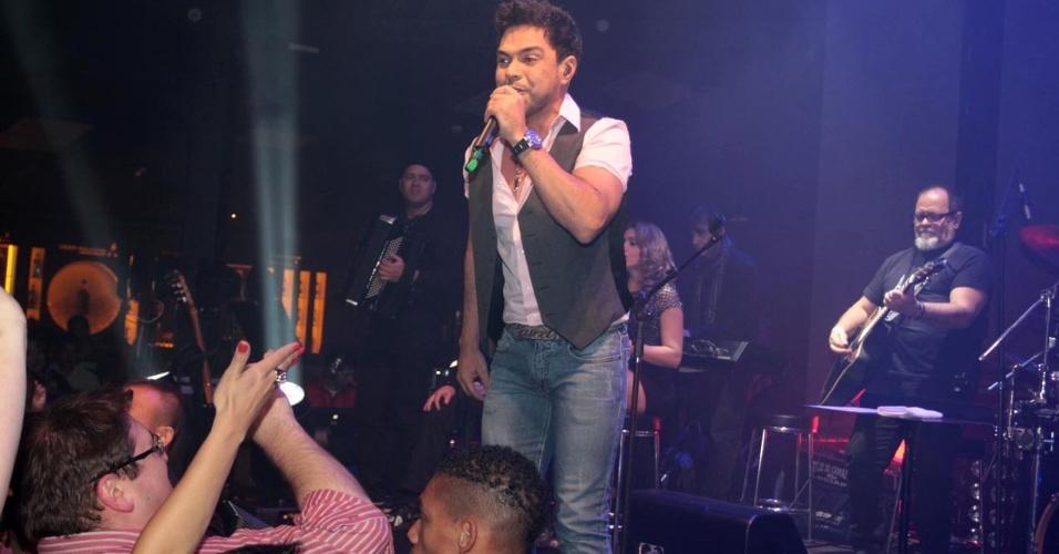 18.set.2013 - Zezé Di Camargo e Luciano apresentam o show