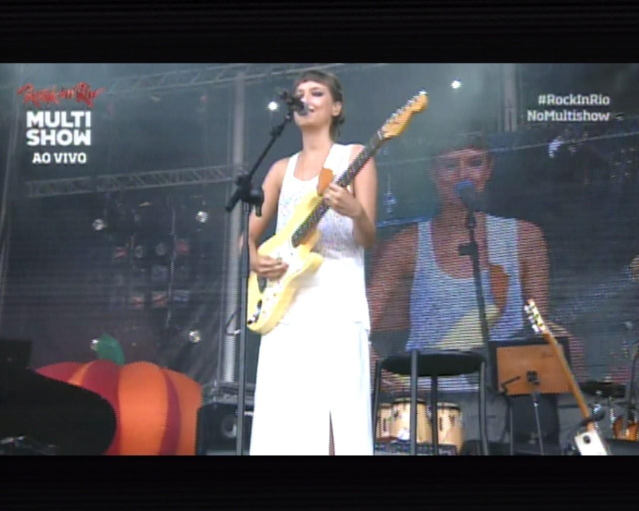 20.set.2013 - Mallu Magalhães sobe ao Palco Sunset no quinto dia de Rock in Rio
