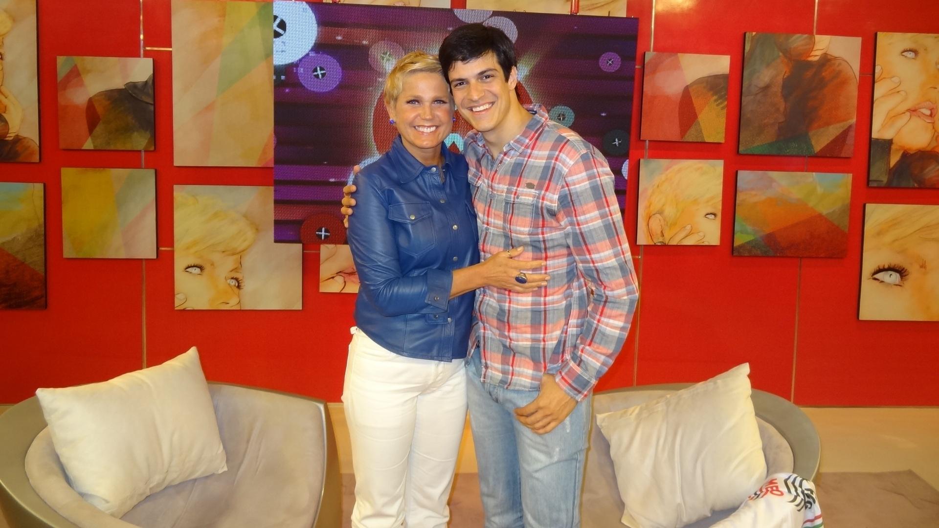 22.set.2013 - Mateus Solano participa do programa da Xuxa, o