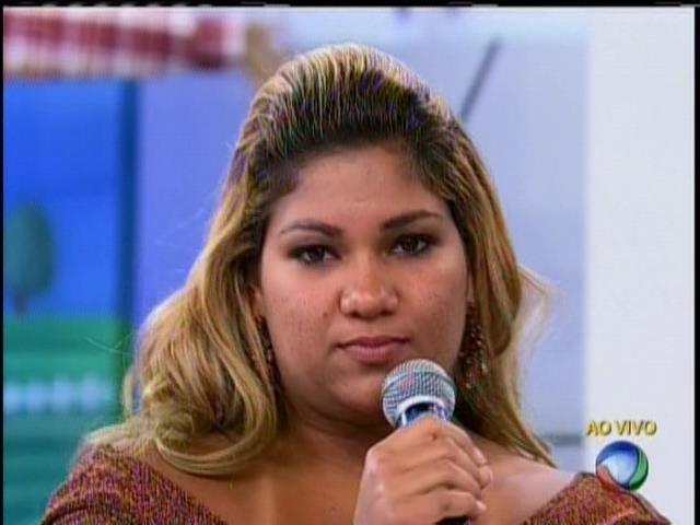 22.set.2013 - Emoção, climão e bafões marcam participação de ex-peões no