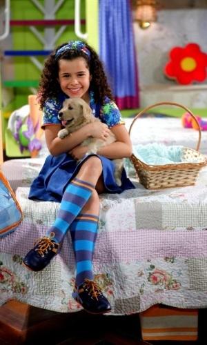 """Em """"Chiquititas"""", meninas do orfanato adotam cachorra e a chamam de Pipoca"""