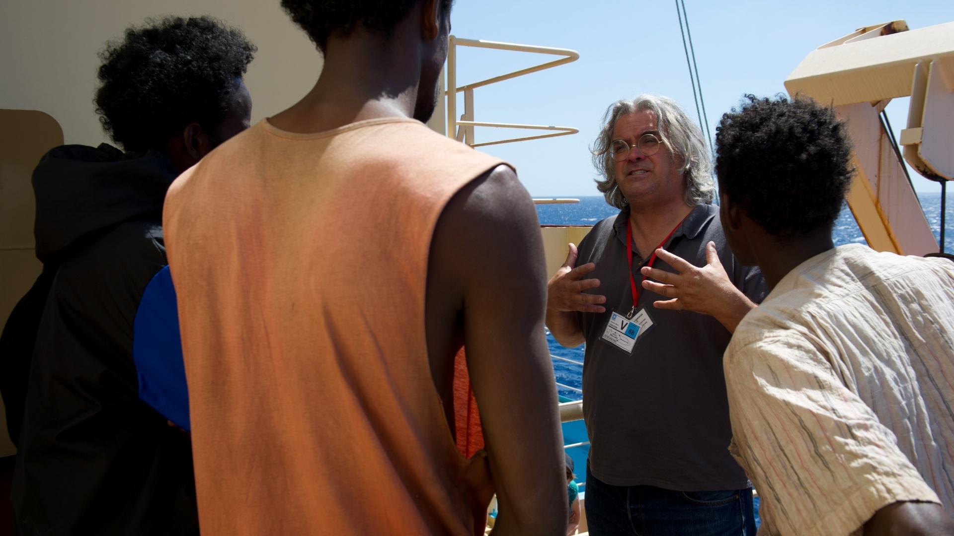 O diretor Paul Greengrass durante as gravações do filme