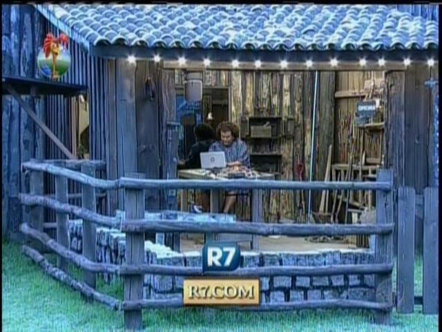 24.set.2013 - Gominho escreveu mensagem em portal de internet