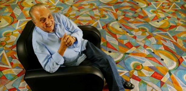 O ator Jorge Dória em hotel em São Paulo
