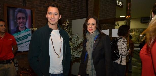 O ator Gabriel Falcão e a atriz Vanessa Gerbelli