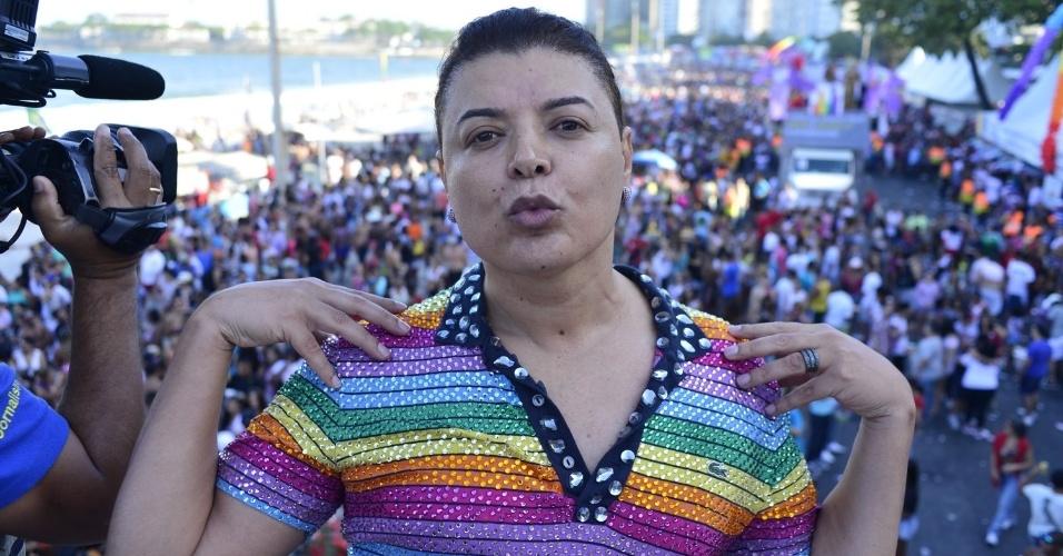 13.out.2013 - O promoter carioca David Brazil durante a 18ª edição da Parada do Orgulho LGBT no Rio