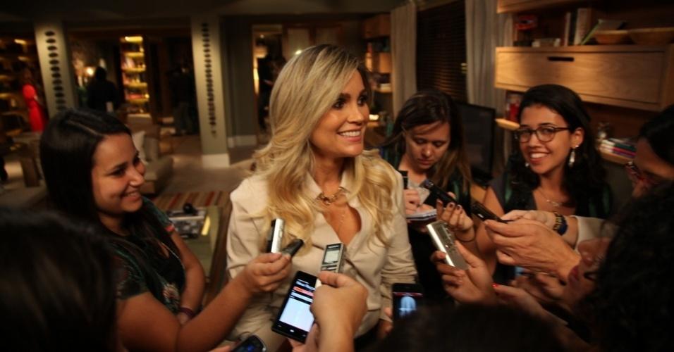 """15.out.2013 - Flávia Alessandra, uma das estrelas de """"Além do Horizonte"""", comparece a evento de lançamento da nova novela das sete na Globo"""