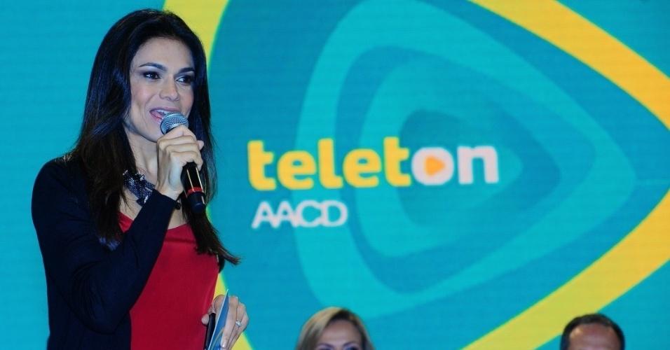 16.out.2013 - O SBT deu o pontapé para o Teleton nesta quarta com coletiva apresentada pela apresentadora Eliana e pela jornalista Rosana Jatobá. O Teleton acontecerá nos dias 25 e 26 de outubro