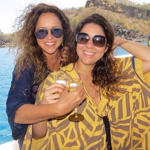 18.out.2013 - Em lua de mel. Daniela Mercury se declarou para a mulher, Malu Verçosa.