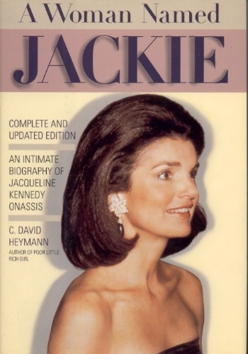 """an introduction to the life of jacqueline bouvier kennedy onassis When jfk and jackie kennedy visited london in 1961, according to the white house historical association, the queen and prince philip threw """"a splendid dinner in their honor"""" splendid if you've watched season 2, episode 8 of the crown, that may seem like an odd way to describe it (if you haven't."""