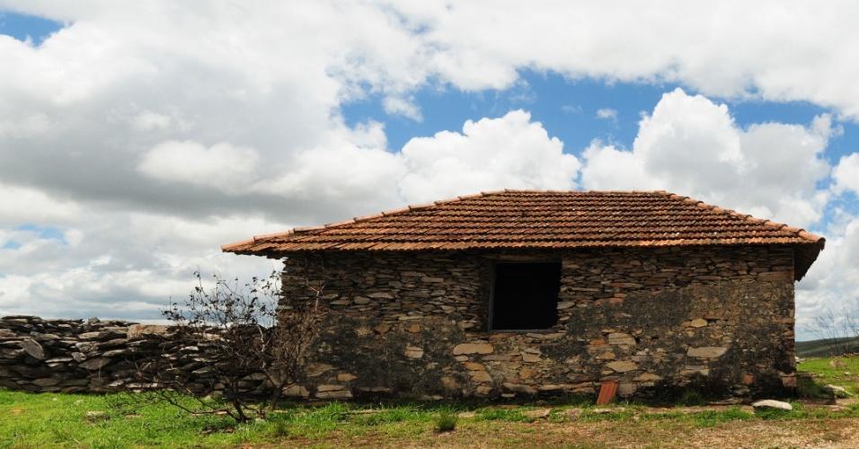 Garagem de Pedra e Curral de Pedras na Serra da Canastra, em Minas Gerais