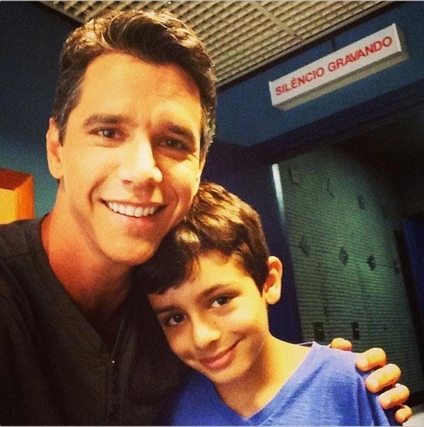23.out.2013 - Márcio Garcia e o filho Pedro