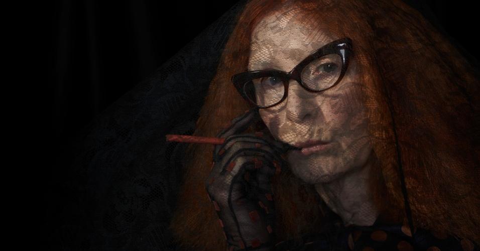 """Frances Conroy é Myrtle; uma recrutadora de jovens bruxas em """"American Horror Story - Coven"""""""