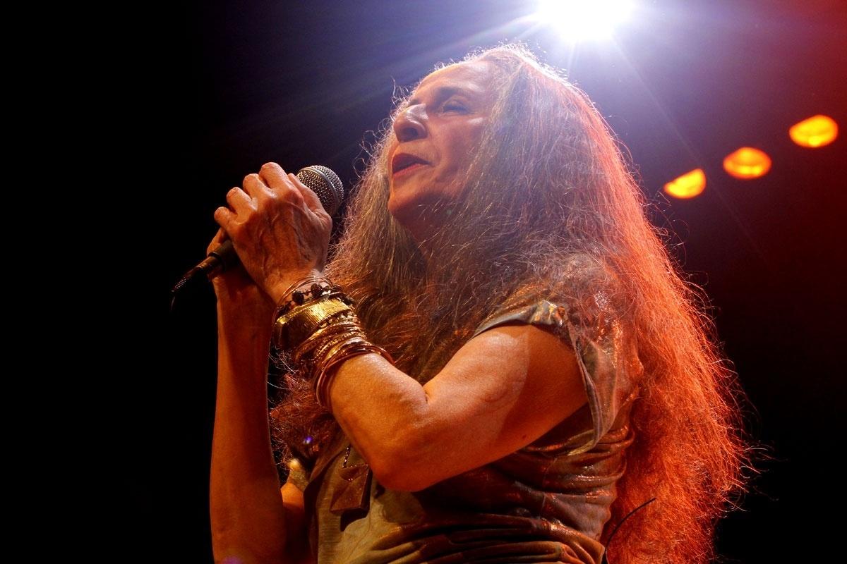 02.nov.2013 - Cantora Maria Bethânia faz o encerramento da turnê