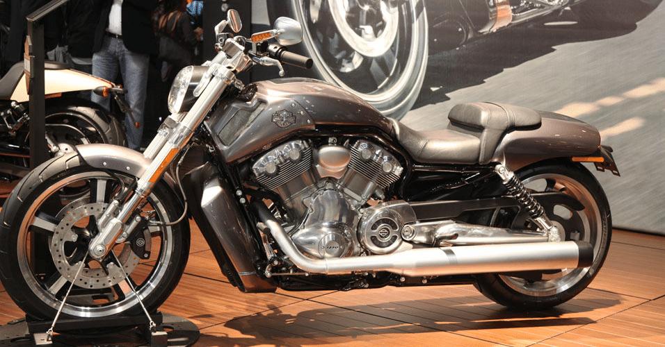 Harley-Davidson Electra GlideHarley-Davidson V-Rod