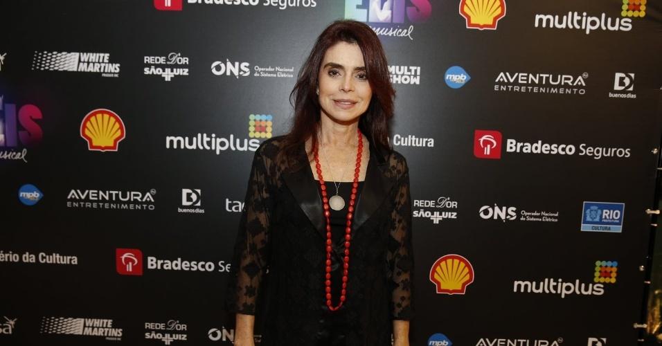 """14.nov.2013 - Françoise Forton prestigiou a exibição do musical """"Elis, A Musical"""", no Rio"""