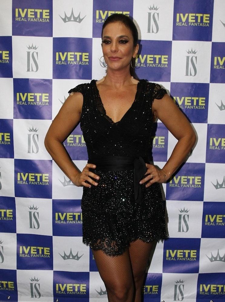 15.nov.2013 - Ivete Sangalo na primeira noite da 8ª edição do festival sertanejo